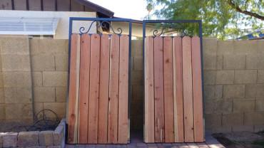 steel-wood-side-yard-gate